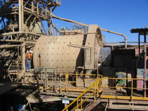 Clyde Carruthers Ball Mill